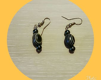 earring with Black Pearl