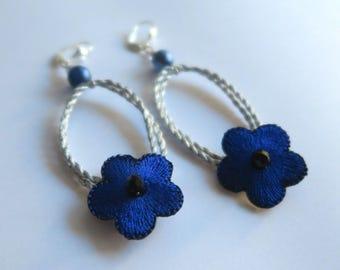 Electric blue flowers earrings