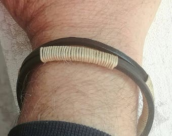 Mens bracelet black leather and cord
