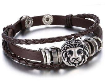 Bracelet black leather or brown lion snap