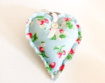 Lavender Heart/ Cath Kidston fabric/ Cath Kidston strawberry fabric/ room decor/ hanging heart/ lavender sachet/ moth repellent/ fabricheart