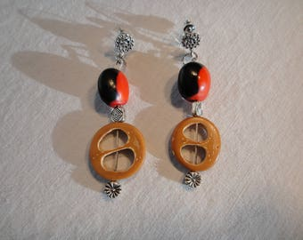 Pierced earrings with Pearl seed Yin Yan - Ying Yang and nut Inanaja Amazon Rings/beads