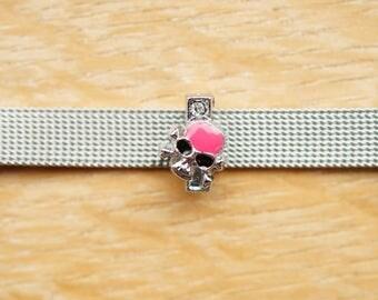 letter width I fuchsia alphabet bracelet skull bead
