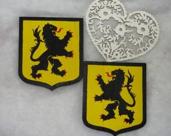 wooden - Flanders lion coat of arms