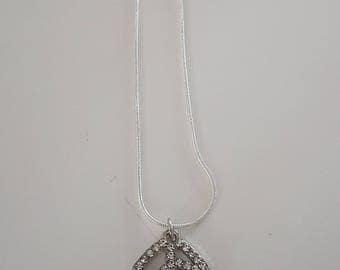 Leaf shaped rhinestone necklace