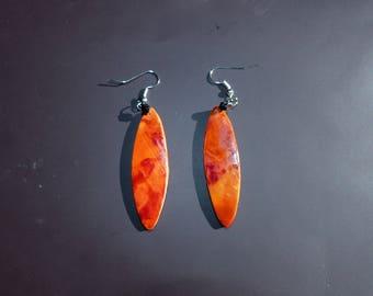 Feather light earrings