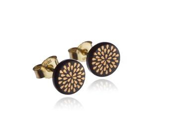 Earrings drop gold on black
