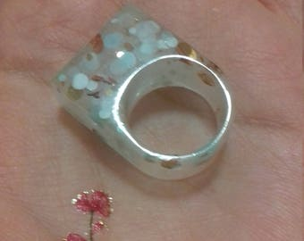 Quirky Resin ring with glitter