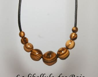 """Choker necklace """"pearls from Oliv'"""" in olive wood"""