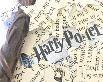 100 Handcut Harry Potter paper star shaped upcycled confetti // English Party Table Decoration Birthday Magic Hogwarts Halloween Wedding
