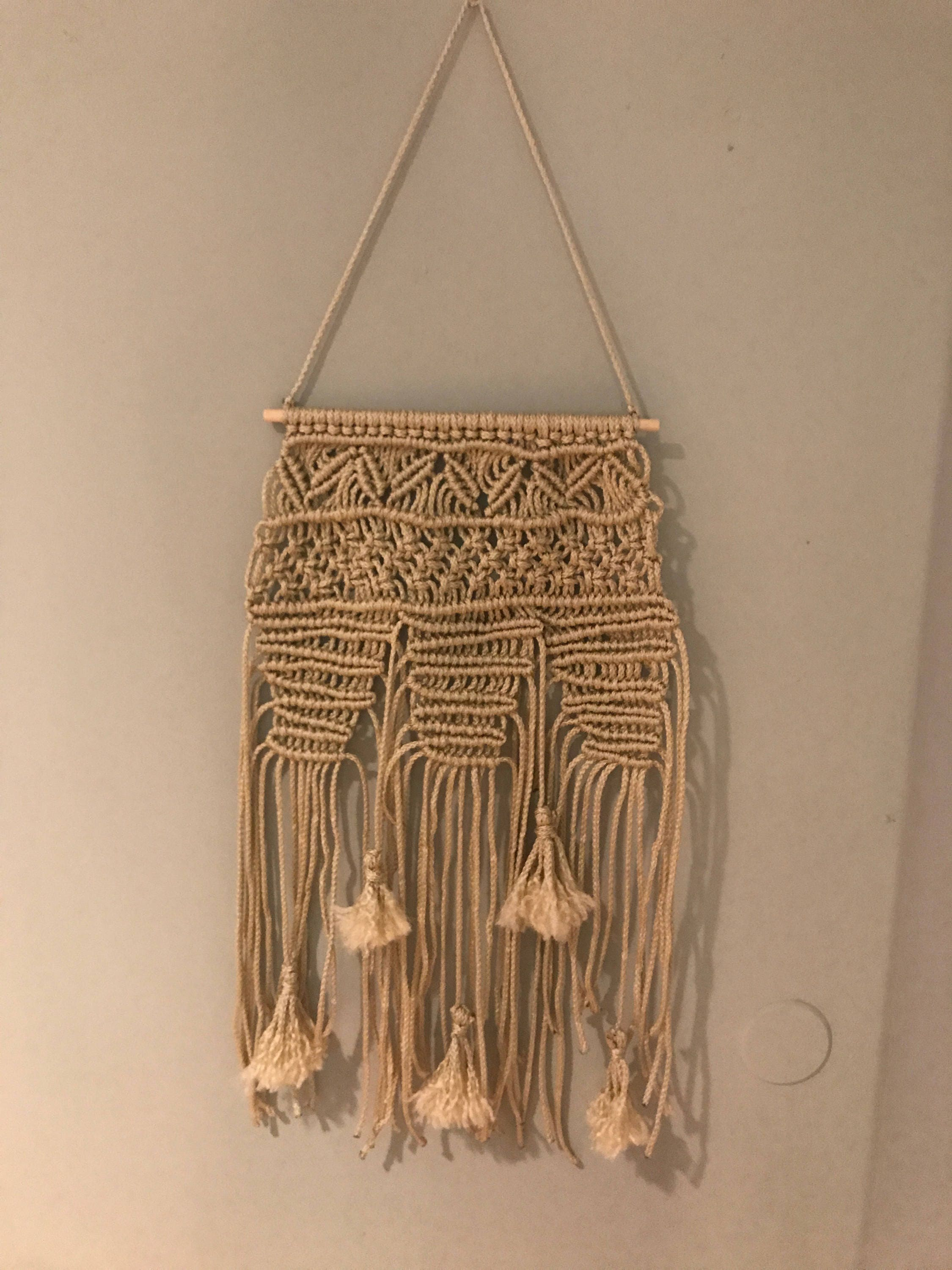 Boho Macrame Wall Hanging / Boho Wall Decor / Bohemian Wall Art / Macrame  Wall Hanging