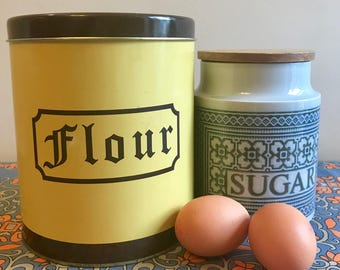 Vintage Yellow Flour Tin / Kitchen Storage Canister