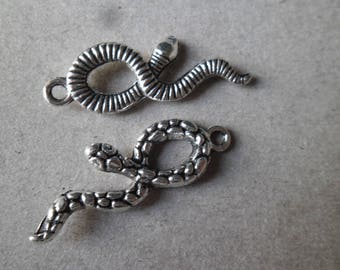 x 2 charm pendants with silver snake shape 35 x 11 mm