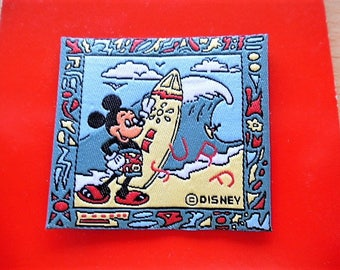 applique Mickey Mouse surfing, patch, badge, customized clothing and accessories