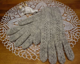 Free shipping! Hand knitted gloves. Herbally  dyed woolen gloves. Gift idea.