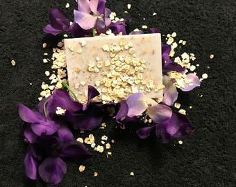 Natural Oatmeal Lavender Goat Milk Soap