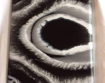 Groovy--Resin Art Tray