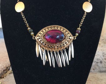 Eye pendent with Amethyst and Agate necklace