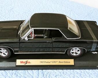 """1965 Black Pontiac GTO, Hurst Edition Maisto Special Edition 1:18"""" Diecast Metal Model Car"""