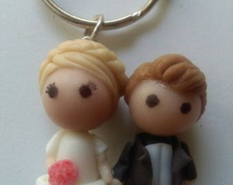 Couple keychains, for souvenirs from your wedding.