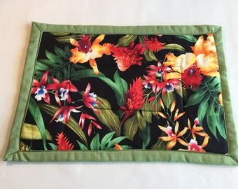 Handmade large Hot pad made in Hawaii with beautiful tropical flowers. Trivet/hot pad/potholder