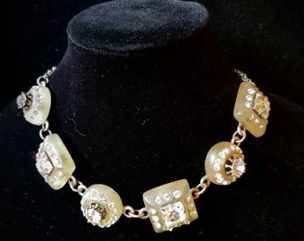 Delicate Choker necklace crystals and glass paste signed Rémi say - Delicate choker necklace in glass paste parfaitement maintenu signed Rémi say