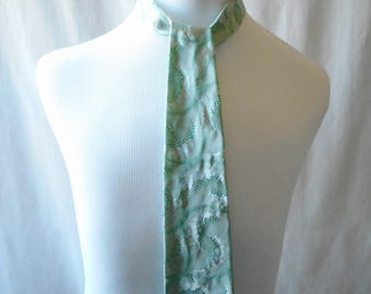 Vintage Marathon Cravat Tie, Vintage Tie, Men's Tie, Retro Tie, Green Tie, Marathon Tie, Cravat