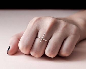 """Cross"" ring"