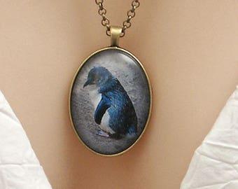 Little Blue Penguin photo, large oval picture pendant, 40x30mm, glass dome pendant, new zealand, koru, large pendant, cameo