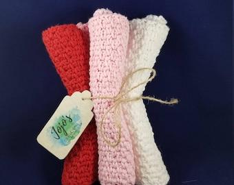 crochet washcloths, valentine's day colors