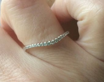14 k white gold diamond curved band -