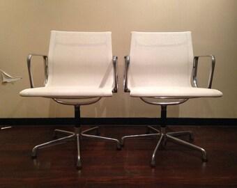 VITRA Chair EA 107 swivel Armchair