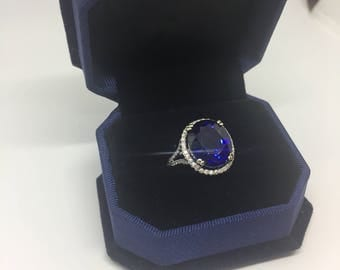 14 Kt White Gold Sapphire and Diamond Ring size 6.5
