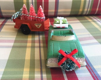 Christmas car and tow