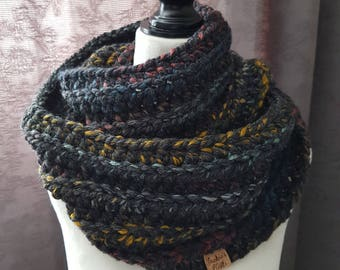 Ribbed Infinity Scarf / Infinity Cowl / Black Cowl / Black Infinity Scarf / READY TO SHIP
