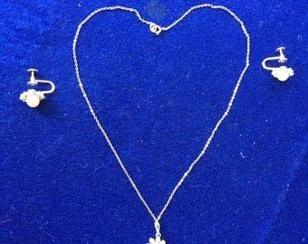 Vintage Krementz neckkace and earrings