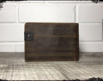 Full Grain Leather Bi-Fold Guitar Pick Wallet, Whiskey (Brown)