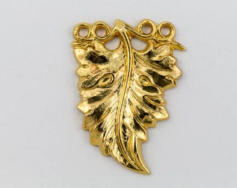 20mm Gold Ruffled Leaf Charm #CHB063