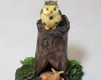 SUMMER SALE 20 % off Miniature tree stump with owl and deer: Fairy garden or terrariums Polymer clay rustic tree stump