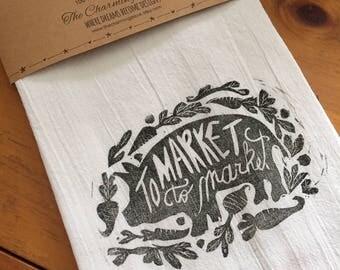 To Market Fat Pig Tea Towel, Flour Sack Towel, Dish Towel,Housewarming Gift,Funny Towel,Hostess Gift, Farm House Decor,Block Printing,bee
