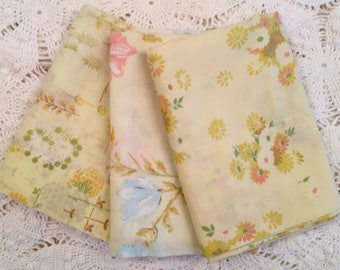 Set of 3 Vintage Pillowcases - Florals - Yellow Mix - 1970s - Standard Size -