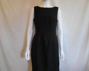 Closing Shop 40%off SALE Vintage 80s 90s  little black dress