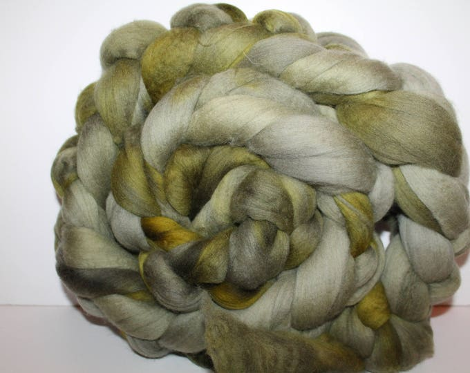 Kettle Dyed Merino Wool Top. Super fine. 19 micron  Soft and easy to spin. Huge 1lb Braid. Spin. Felt. Roving.  M334