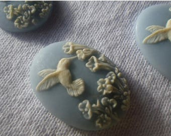 SALE 20% Off Dainty Wedgewood Blue Hummingbird 25x18mm Cameos in Resin 4 Pcs