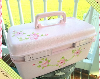 Train Case, Refurbised Vintage Train Case, Shabby Chic Makeup Case, Travel Case, Upcycled Luggage, Pink Roses, Repurposed Cosmetic Case