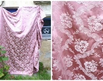 Vintage 1950/50s  French pink damask brocade floral bedspread ruffled