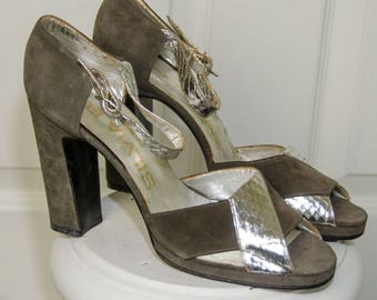 Vintage 1970s Green Suede & Silver Metallic Silvia B. Fiorentina Shoes 8N