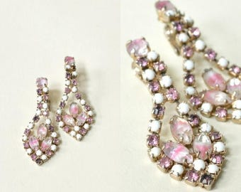 20% OFF 1960s Rhinestone Earrings --- Vintage Pink Costume Earrings