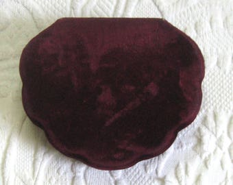 wine red velvet box. velvet jewelry box . hinged velvet box . shell velvet box