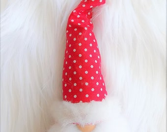 Christmas Klaus Gnome in bright red dots, wool felt, Scandinavian gnome, Nordic gnome, Swedish gnome, forest gnome, wool felt, faux fur